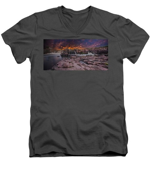 Sioux Falls Men's V-Neck T-Shirt