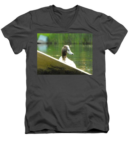 Snooping Duck Men's V-Neck T-Shirt