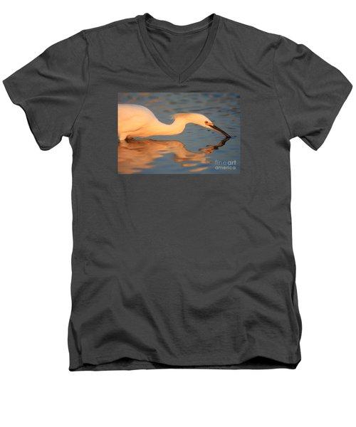 Snowy Egret Mirror Men's V-Neck T-Shirt