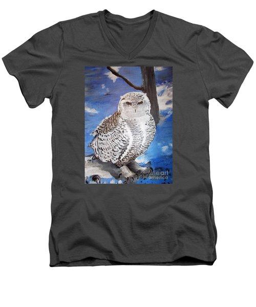 Snowy Owl . Men's V-Neck T-Shirt