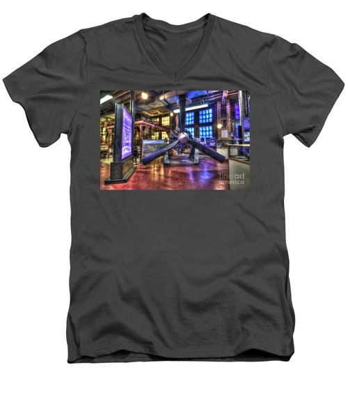 Spirit Of St.louis Engine Men's V-Neck T-Shirt