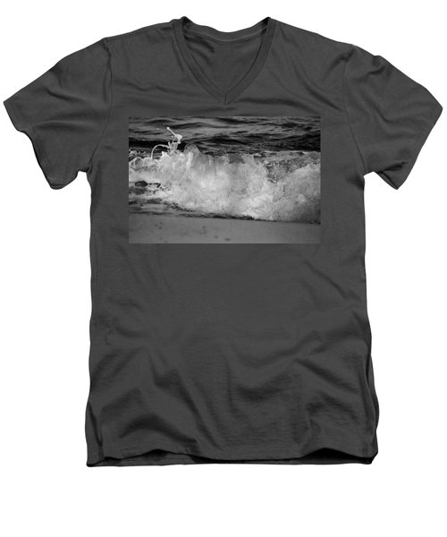 Splash Men's V-Neck T-Shirt