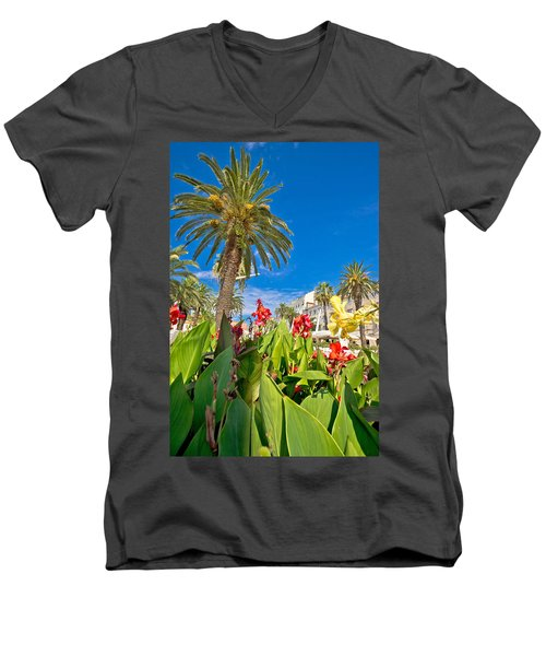 Split Riva Palms And Flowers Men's V-Neck T-Shirt