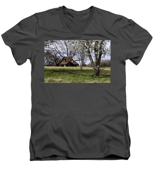 Men's V-Neck T-Shirt featuring the photograph Spring At The Farm In Tyler Tx by Betty Denise