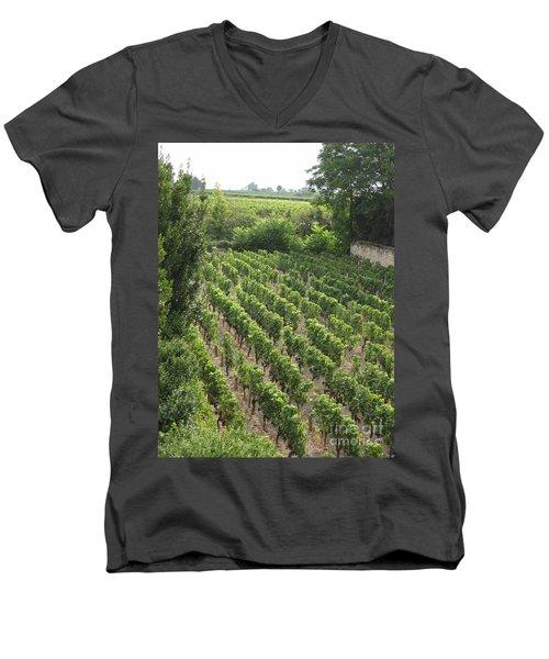 St. Emilion Vineyard Men's V-Neck T-Shirt