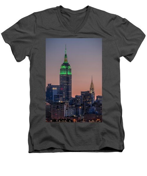 St Patrick's Day Postcard Men's V-Neck T-Shirt
