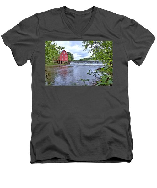 Starrs Mill Men's V-Neck T-Shirt