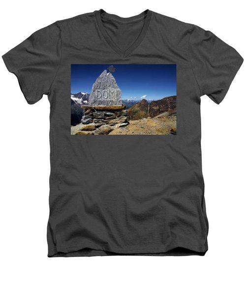 Statue The Dom Men's V-Neck T-Shirt