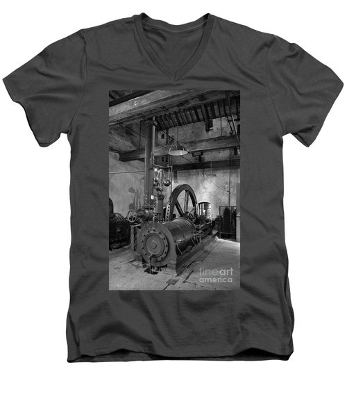 Steam Engine At Locke's Distillery Men's V-Neck T-Shirt