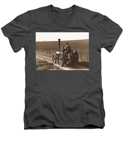 Steam Tractor Men's V-Neck T-Shirt
