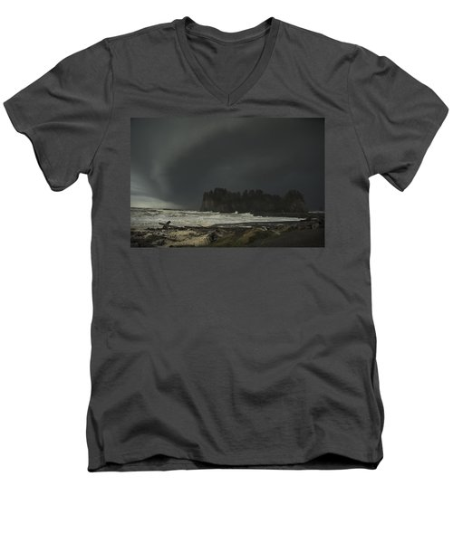 Storm Is Coming North West Wa Men's V-Neck T-Shirt