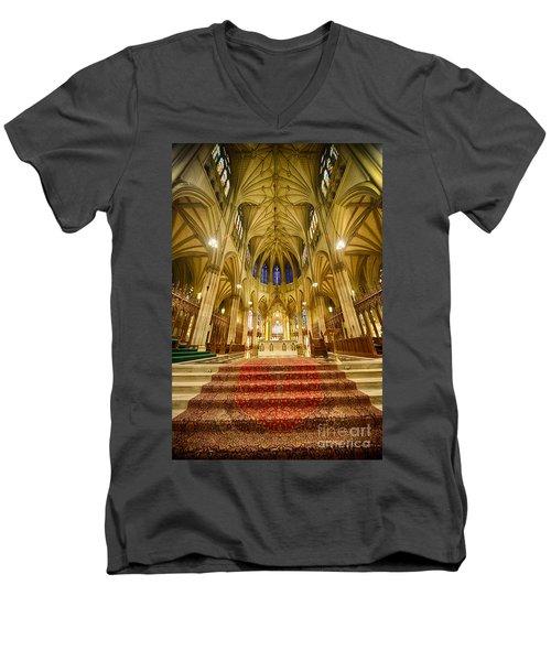 Stunning St Patricks I Men's V-Neck T-Shirt