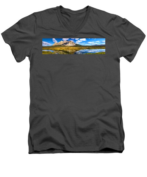 Sukakpak Reflection Men's V-Neck T-Shirt