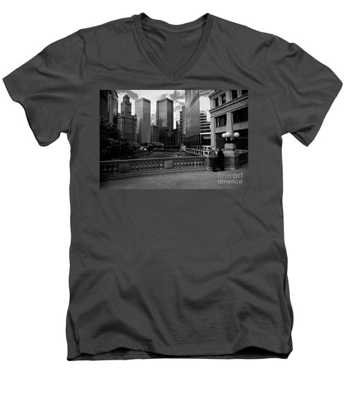 Summer On The Chicago River - Black And White Men's V-Neck T-Shirt