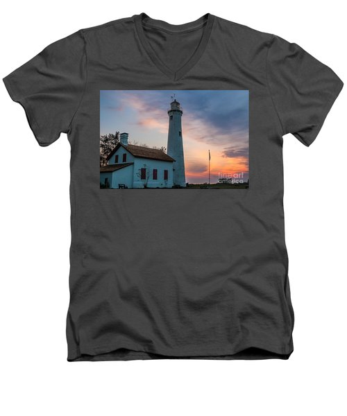 Men's V-Neck T-Shirt featuring the photograph Sunrise At Sturgeon Point by Patrick Shupert