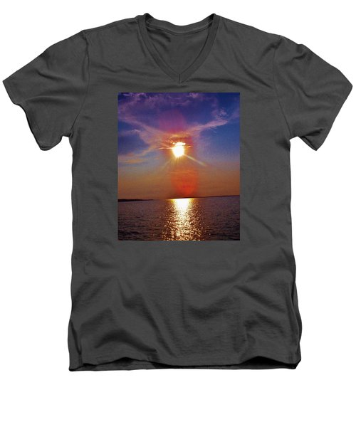 Men's V-Neck T-Shirt featuring the photograph Sunrise Over The Big Mac by Daniel Thompson