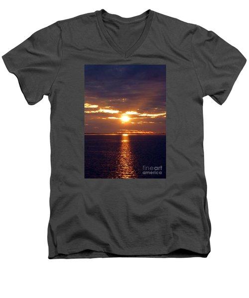 Sunset From Peace River Bridge Men's V-Neck T-Shirt by Barbie Corbett-Newmin