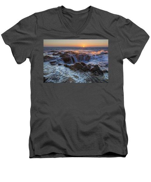 Sunset Over Thor's Well Along Oregon Coast Men's V-Neck T-Shirt