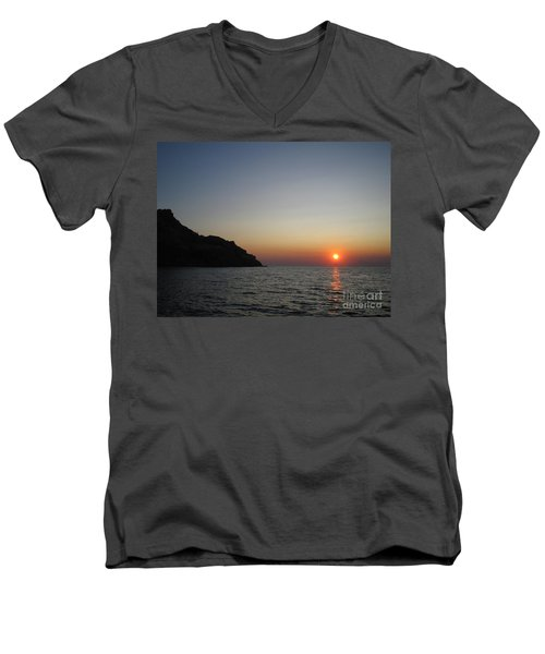 Men's V-Neck T-Shirt featuring the photograph Sunset by Vicki Spindler