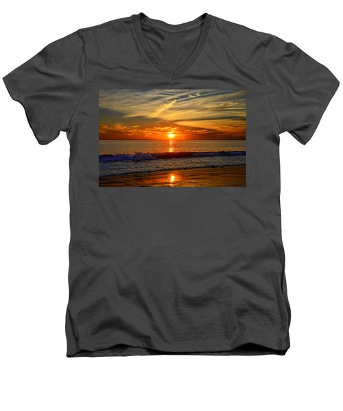 Sunset's Glow  Men's V-Neck T-Shirt