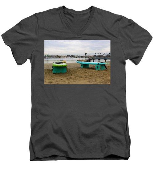 Suping Men's V-Neck T-Shirt