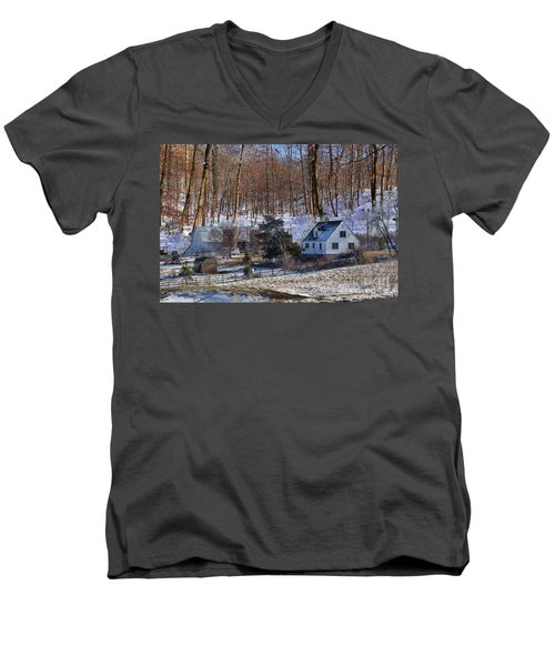 Men's V-Neck T-Shirt featuring the photograph Sweet Country Charm by Liane Wright