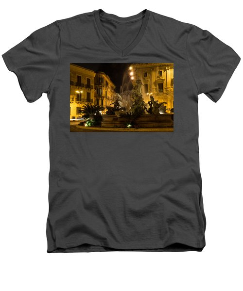 Syracuse - Diana Fountain  Men's V-Neck T-Shirt