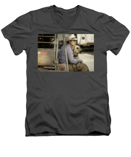 Men's V-Neck T-Shirt featuring the photograph Tailgate Friends by Steven Bateson