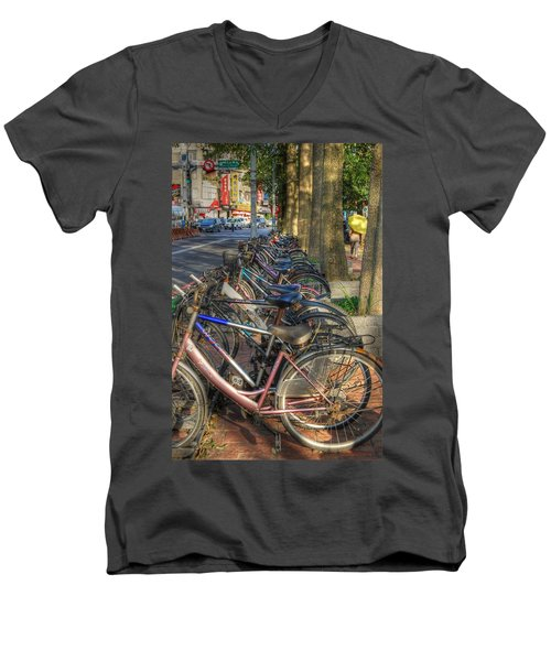 Taiwan Bikes Men's V-Neck T-Shirt
