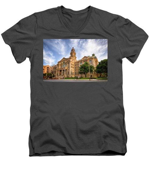 Tarrant County Courthouse II Men's V-Neck T-Shirt
