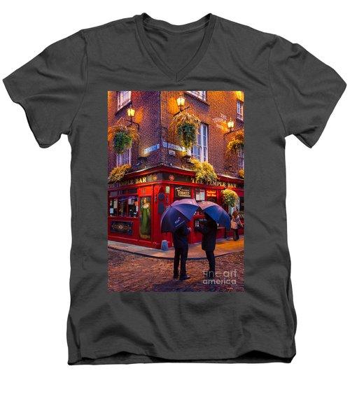 Temple Bar Men's V-Neck T-Shirt