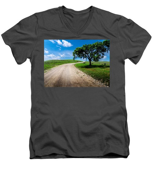 Texaco Hill Men's V-Neck T-Shirt