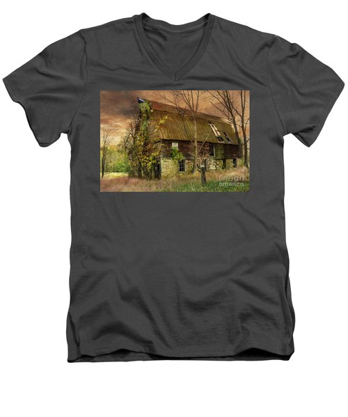 The Abandoned Barn Men's V-Neck T-Shirt