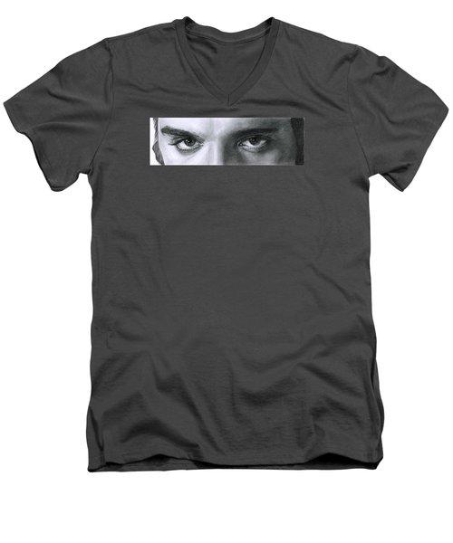 The Eyes Of The King Men's V-Neck T-Shirt