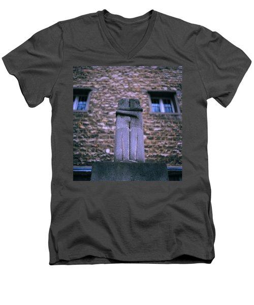 The Kiss Men's V-Neck T-Shirt by Shaun Higson