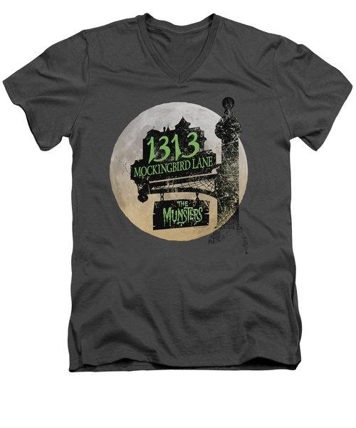The Munsters - Moonlit Address Men's V-Neck T-Shirt