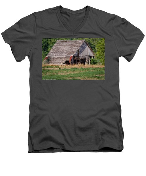 Men's V-Neck T-Shirt featuring the photograph The Old Gray Barn by Nick Kirby