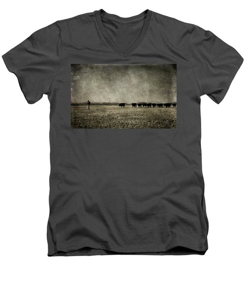 Men's V-Neck T-Shirt featuring the photograph The Pied Piper Of Angustown by Cynthia Lassiter