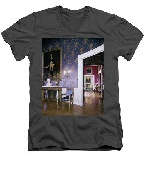 The White House Blue Room Men's V-Neck T-Shirt