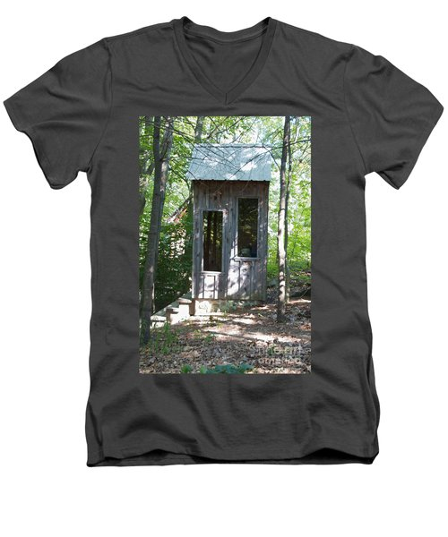 Throne With A View Men's V-Neck T-Shirt by William Norton