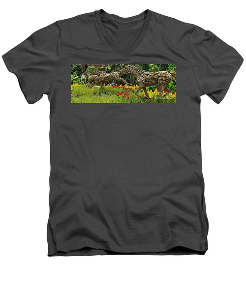 Time To Run Men's V-Neck T-Shirt