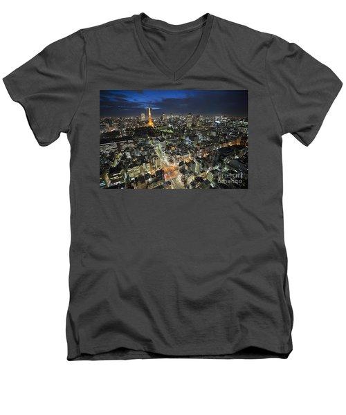 Tokyo Tower At Night Men's V-Neck T-Shirt