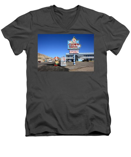Tonopah Nevada - Clown Motel Men's V-Neck T-Shirt