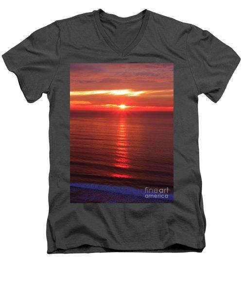 Torrey Pines Starburst Men's V-Neck T-Shirt