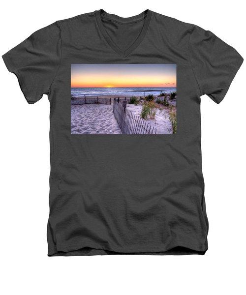 Tower Beach Sunrise Men's V-Neck T-Shirt