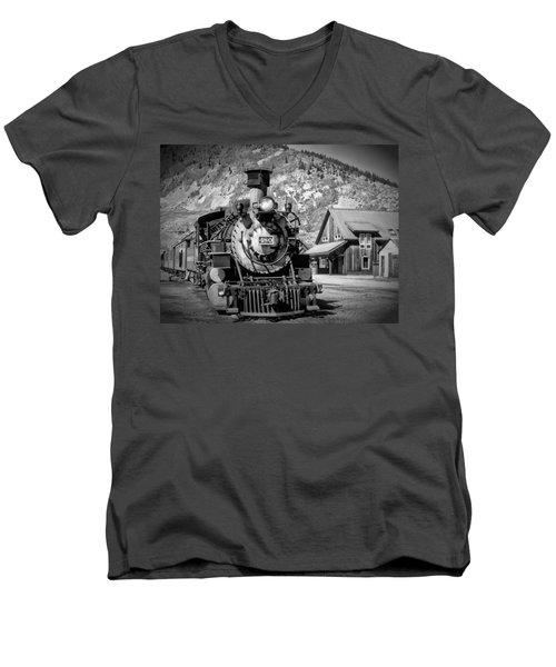 Train 480 Men's V-Neck T-Shirt