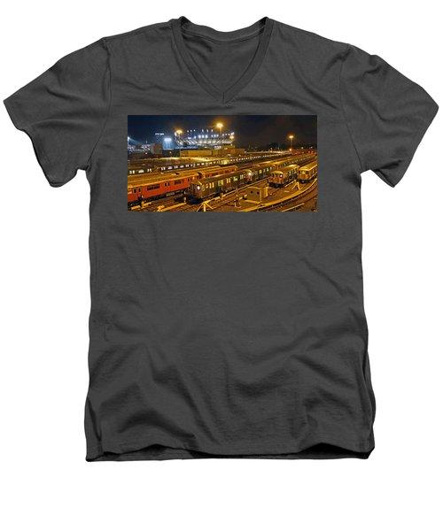 Trains Nyc Men's V-Neck T-Shirt
