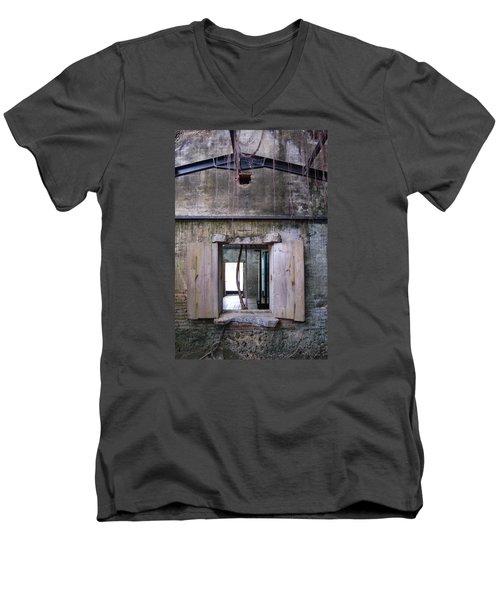 Tree House Men's V-Neck T-Shirt