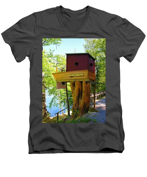 Tree House Boat Men's V-Neck T-Shirt