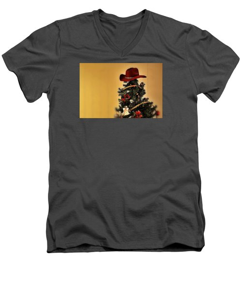Men's V-Neck T-Shirt featuring the photograph Tree Topper Texas Style by Nadalyn Larsen